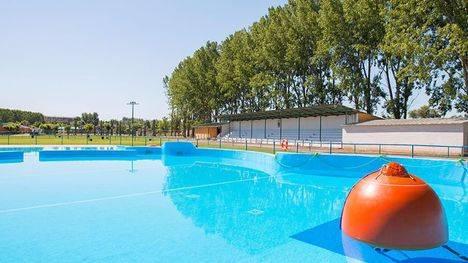 8 piscinas de verano municipales para refrescarse este verano