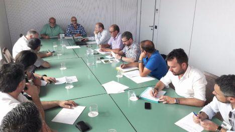 Generalitat, organizaciones agrarias y la federación de caza impulsarán medidas para reducir los daños de la fauna salvaje