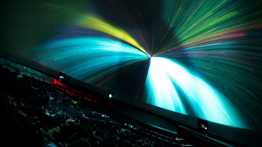 Más de 3.300 espectadores han disfrutado del planetario 'Las Nocturnas de Verano' del Hemisfèric