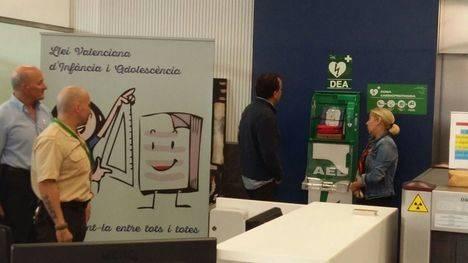 Hacienda instala desfibriladores en la Ciudad Administrativa 9 d'Octubre para dar servicio a más de 4.000 personas