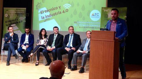 Simó destaca la apuesta por 'proyectar a Castellón como escaparate mundial de la cerámica'