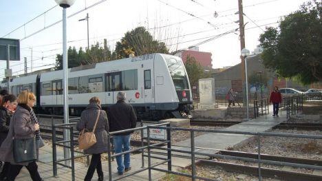 FGV licita el cerramiento de la estación de Paiporta de Metrovalencia para aumentar la seguridad en el paso entre andenes