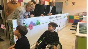 El alcalde y la concejala de bienestar social visitan la casa Ronald Mcdonald
