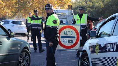 La Policía local de Valencia inicia una campaña de vigilancia de las condiciones de seguridad de los vehículos