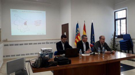 Climent: 'Este año invertiremos 4,3 millones de euros para modernizar los polígonos de l'Horta y de Valencia'