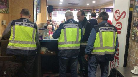 La Policía de la Generalitat desmantela un bingo ilegal en Benidorm