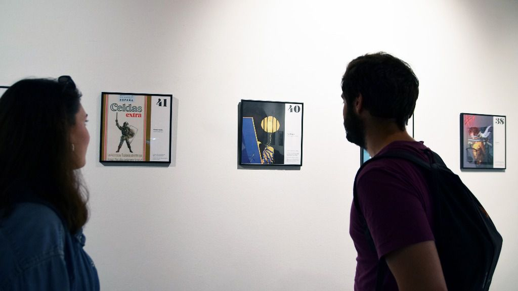La sala Lametro de la estación de Colón de Metrovalencia acoge la exposición gráfica 'Mordassa. Açò no va de gats'