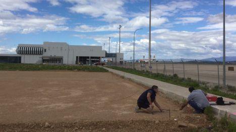 El aeropuerto de Castellón construye un hangar, prepara la llegada de medios de extinción y acoge tareas de desmontaje de aviones