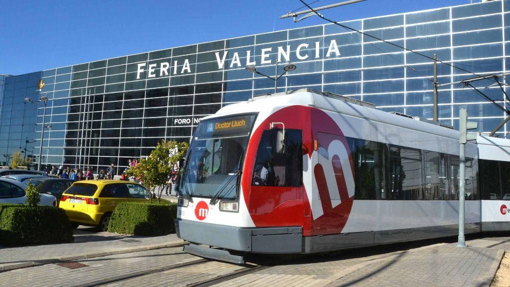 Metrovalencia ofrece servicios especiales de tranvía a la Feria para acudir a Valencia Tattoo Convention
