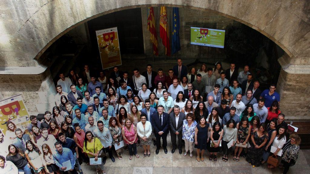 Puig destaca el papel de las becas Ivace para 'fortalecer el pilar internacional' de la economía valenciana