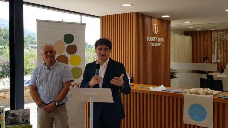 Colomer: 'Las Tourist Info son una embajada extraordinaria para dar a conocer nuestra oferta turística y nuestros valores de hospitalidad'