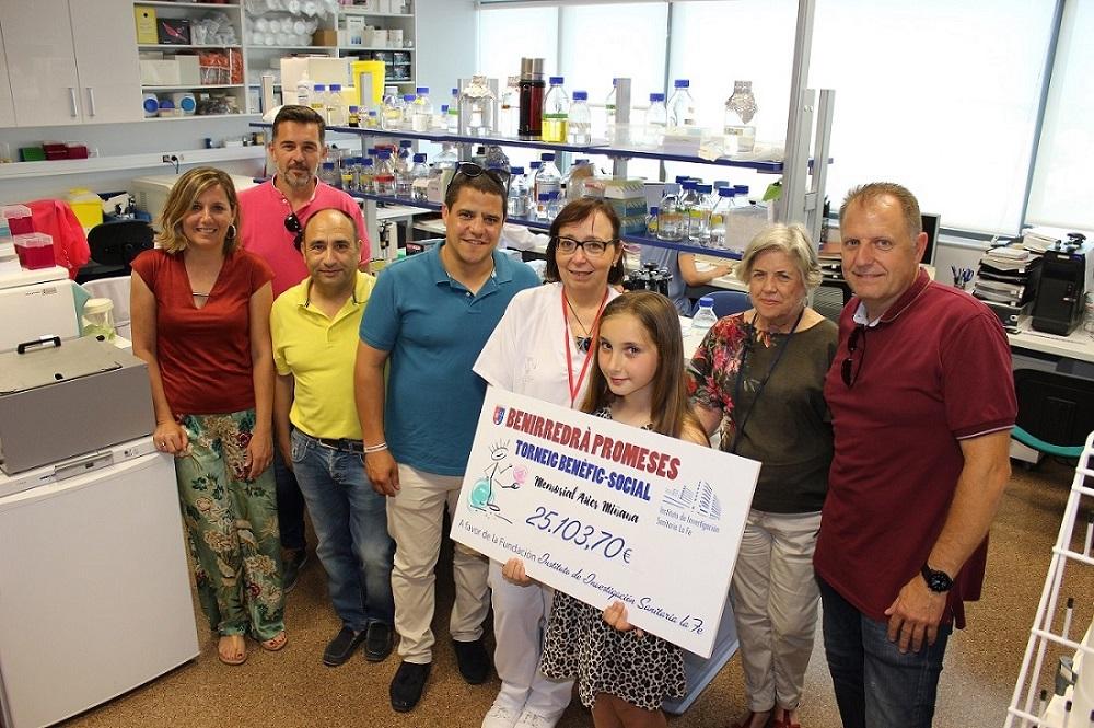 El Torneig Benirredrà Promeses entrega más de 25.000 euros al IIS La Fe para la investigación del cáncer infantil