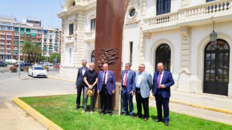 Arcadi España pone en valor el Puerto de València