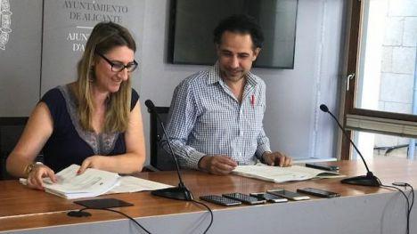 El Ayuntamiento de Alicante adjudica las obras para rehabilitar la fachada y aseos del mercado central