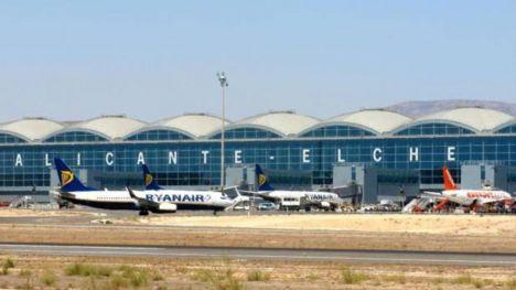 ¿Planeando tu viaje desde el aeropuerto de Alicante? ¡Olvídate del aparcamiento!
