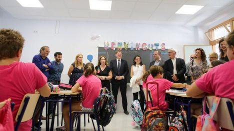 Ximo Puig reivindica la necesidad de espacios educativos que supongan 'un entorno favorable para impartir una educación de calidad'