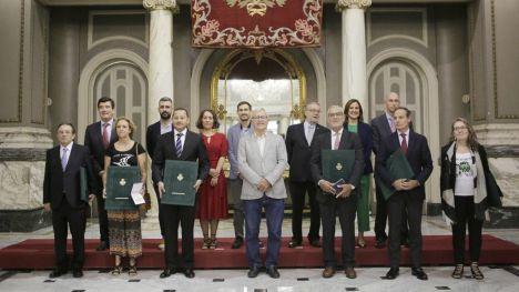 València se reivindica como 'ciudad de valores' en la entrega de distinciones con motivo del 9 d'Octubre