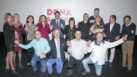 Luis Barcala asiste a la presentación del spot solidario 'Dona sangre entre bambalinas'