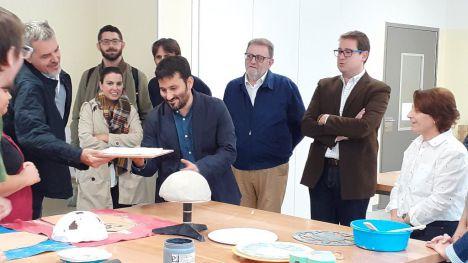 Marzà: 'La comunidad educativa de La Encarnación ya cuenta con un nuevo centro educativo'