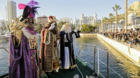 Alicante celebra el éxito de la Cabalgata de los Reyes Magos más multitudinaria