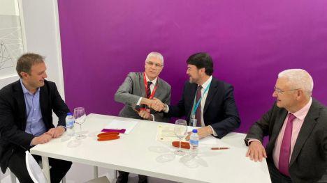 Alicante firma un convenio con Renfe Viajeros para potenciar la promoción turística