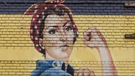 La mujer domina el mundo de la política… el resto también
