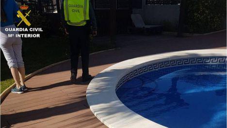 Siete jóvenes sorprendidos por la Guardia Civil mientras hacían una barbacoa en Alicante