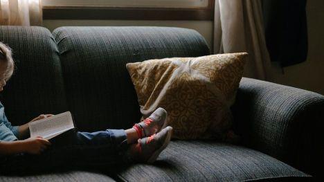 Una niña de 10 años recibe un disparo de perdigón en su pierna cuando estaba en su vivienda en Valencia
