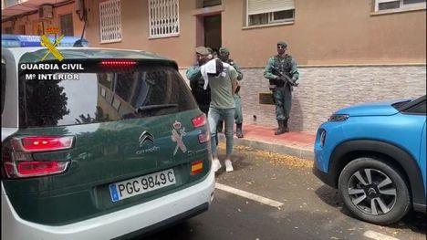 La Guardia Civil detiene en Alicante a un joven por difundir propaganda de DAESH