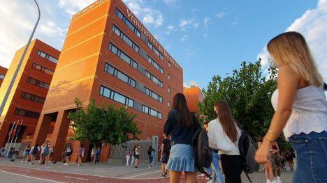Becas salario del curso 2020-2021: Hasta 600 euros mensuales