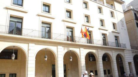 Condenado a siete años y medio de prisión por intentar asesinar a su compañero de piso en Alicante