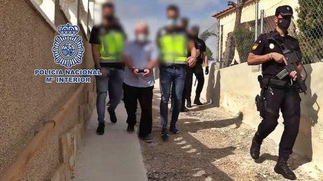 Detenido por lider un grupo dedicado al envío de marihuana y medicamentos hipnóticos en Alicante