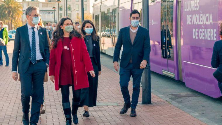 El transporte público de la Generalitat será gratuito para las mujeres víctimas de violencia de género y sus hijos e hijas