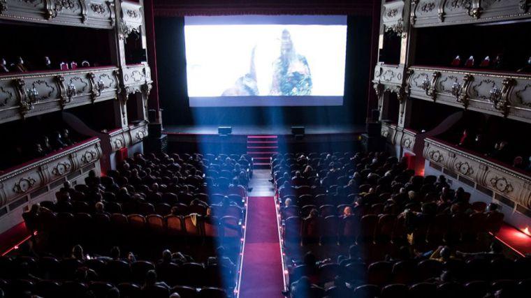 'Over and Out', Premio Luna de València a la mejor webserie en el Festival Cinema Jove