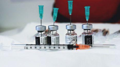 La Comunitat Valenciana supera las 100.000 personas inmunizadas