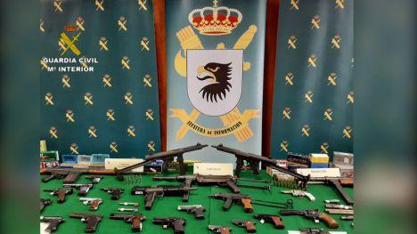 Desarticulada una trama ilegal de tráfico de armas en Valencia