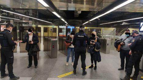 Casi 3.500 multas durante el cierre perimetral de las ciudades más pobladas