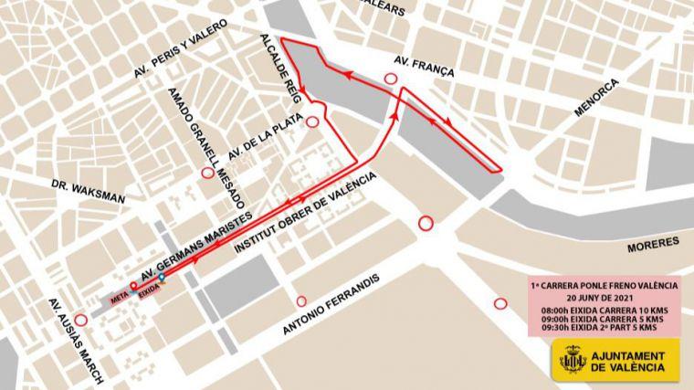 Cerca de 2.500 personas participan este domingo en la I carrera 'Ponle freno València'