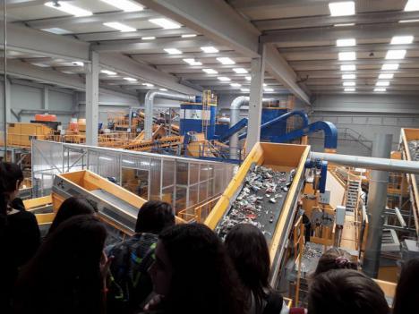 La Generalitat convoca el primer concurso escolar 'Hacia una economía circular: por una Europa sin residuos'